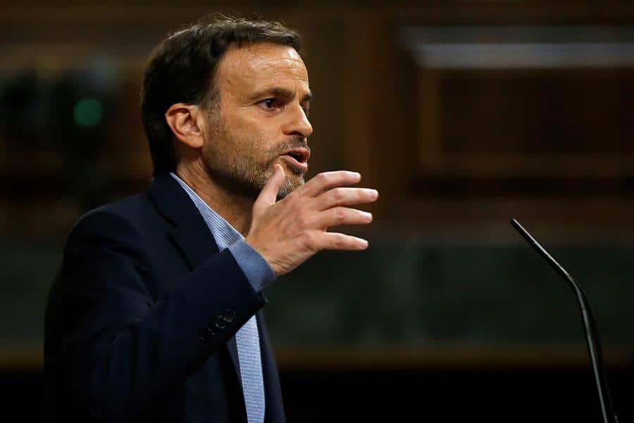 """Podemos exige a Calvo que explique la """"huida"""" de Juan Carlos I: """"Es quien ha hecho cómplice al Gobierno"""""""