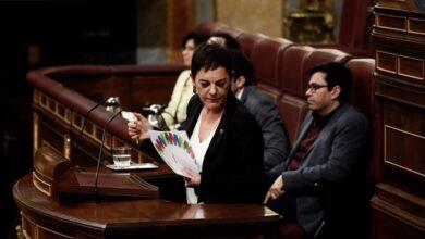 EH Bildu evita referencias a los presos en sus 29 enmiendas y pide adquirir 'La Naval'