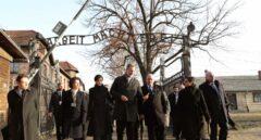 Los Reyes visitan Auschwitz por primera vez