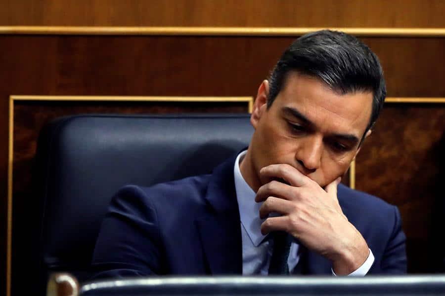 """Sánchez dice que nunca ha pensado en pactar con el PP: """"Así casi desaparece el PASOK"""""""