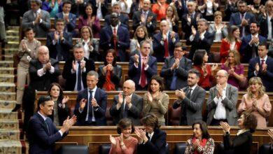 Sánchez fracasa pero se asegura la investidura gracias a ERC y Bildu