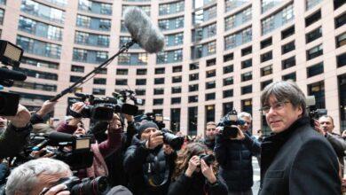 El juez propone juzgar a los mossos que acompañaron a Puigdemont en su huida por encubrimiento