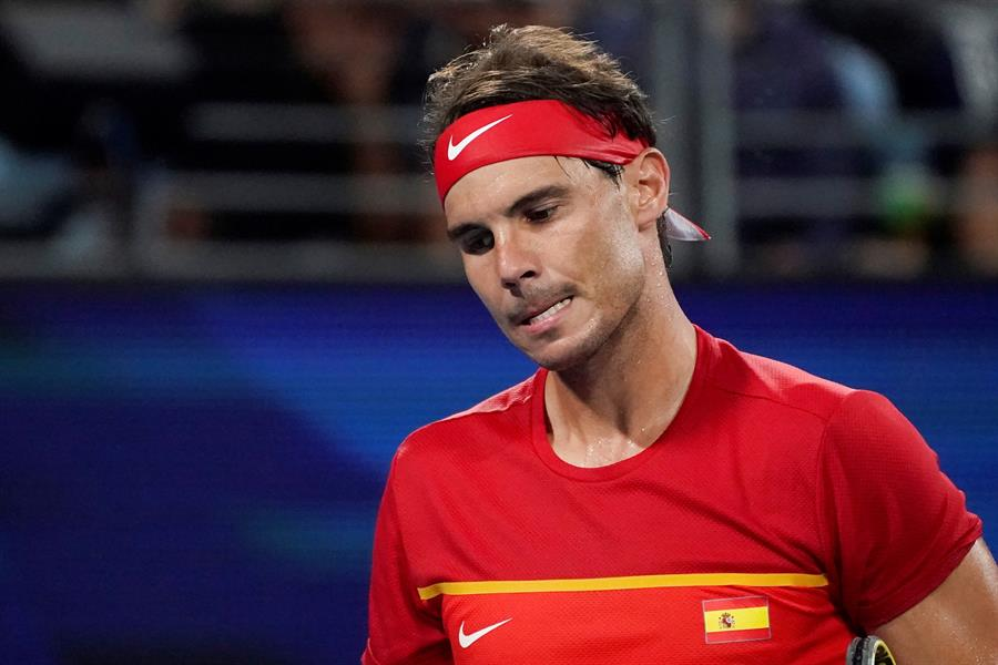 Nadal se lamenta durante la final ante Djokovic