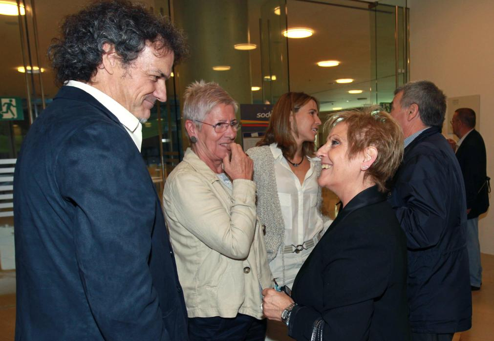 Txema Urkijo junto a Maixabel Lasa y Rosa Peláez, víctima de ETA en Hipercor.
