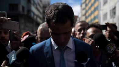 La oposición venezolana responde al 'golpe' en la Asamblea con su aval a Juan Guaidó