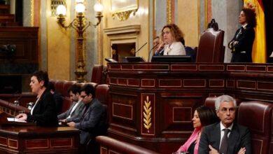 """Casado acusa a Sánchez de no defender al Rey ni a las víctimas de ETA: """"Es infame"""""""