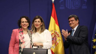 Sánchez da otro tajo al Ministerio de Trabajo en manos de Podemos