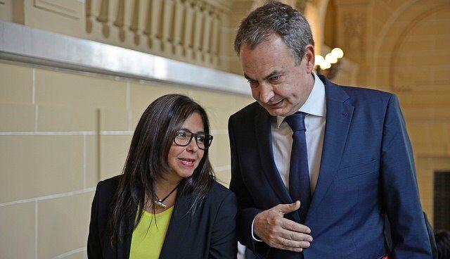 Zapatero y Delcy Rodríguez en una imagen de 2016