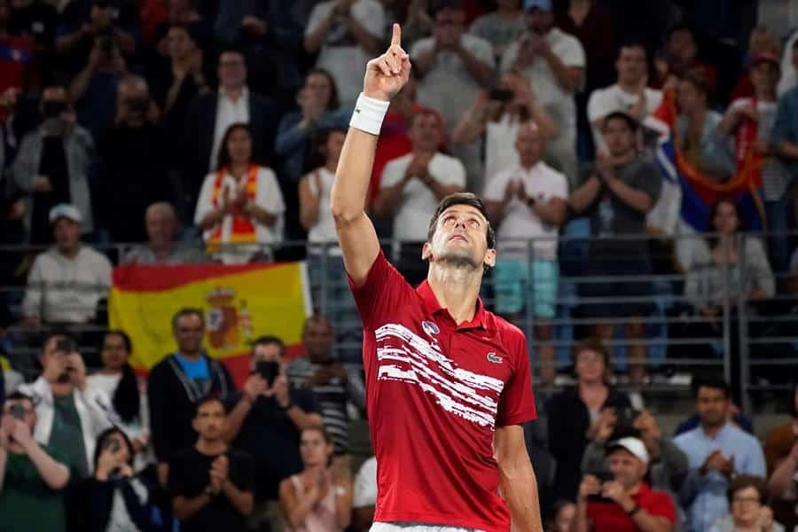 Djokovic celebra el triunfo ante Nadal en la Copa ATP