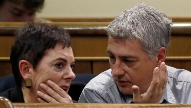 Vox deja el Hemiciclo mientras Bildu certifica que permitirá investir a Sánchez