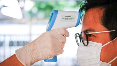 Sanidad cambia el criterio y considera sospechosos de coronavirus a enfermos sin vínculos con los focos del brote