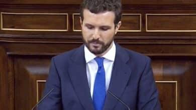 """Casado a Sánchez en medio de una bronca parlamentaria: """"El ultra es usted"""""""