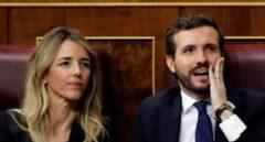 Casado, junto a Álvarez de Toledo, en el debate de investidura