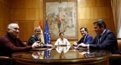 Gobierno y agentes sociales pactan subir el salario mínimo a 950 euros este año