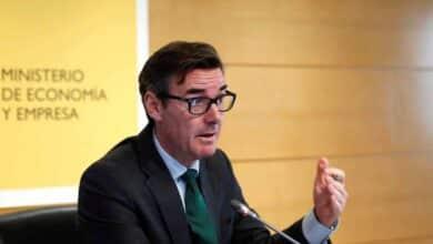 España mantiene el interés internacional: coloca 12.000 millones con demanda por 78.300
