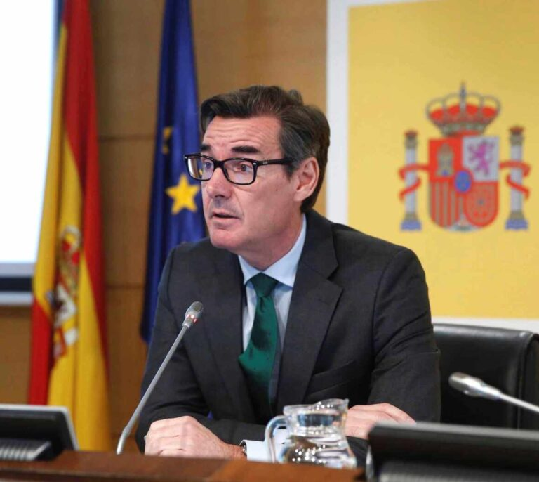 España emitirá deuda por 100.000 millones este año, un 9% menos que en 2020