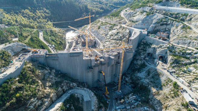 Una de las presas del macromplejo hidroeléctrico Alto Tâmega, en Portugal, que desarrolla Iberdrola.