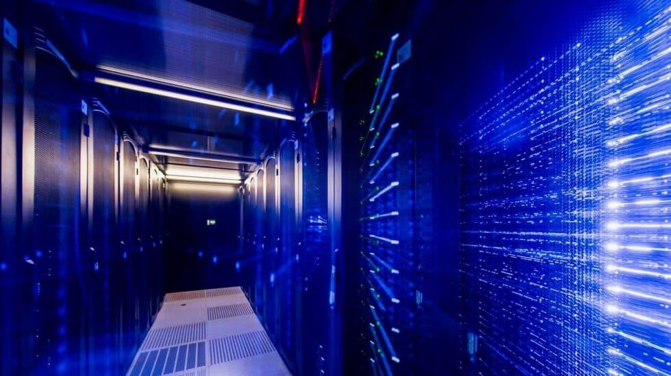 Servidores en una de las salas de uno de los centros de datos de Interxion en Madrid.