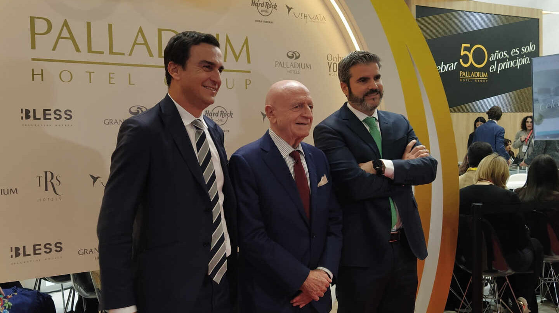 Abel Matutes Prats, presidente de Palladium; Abel Matutes Juan, presidente de Grupo Matutes; y Jesús Sobrino, consejero delegado de Palladium.