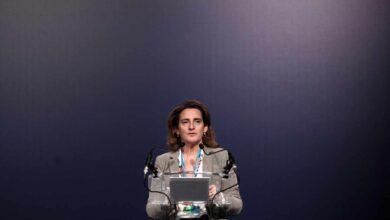 Ribera prepara un golpe millonario a las renovables fallidas de las 'megasubastas' verdes de Rajoy