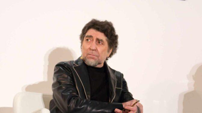 """Joaquín Sabina: """"Ahora se dicen tantas tonterías de la marca España"""""""