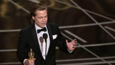 Brad Pitt gana su primer Oscar por 'Érase una vez en... Hollywood'