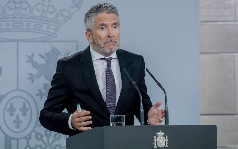El ministro del Interior, Fernando Grande-Marlaska, en una conferencia informativa.