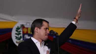 La UE deja de reconocer a Guaidó como presidente interino  tras expirar el mandato de la Asamblea Nacional