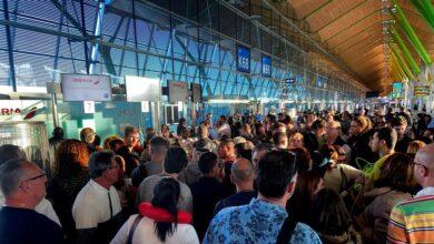 Cancelaciones de vuelos por la calima de Canarias: ¿qué derechos tienen los pasajeros afectados?