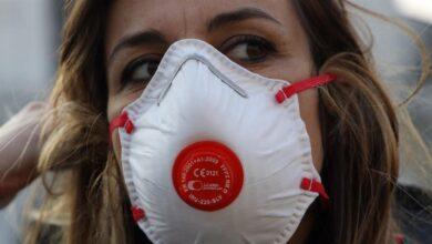 El pánico por el estallido del coronavirus en Italia acaba con las existencias de mascarillas