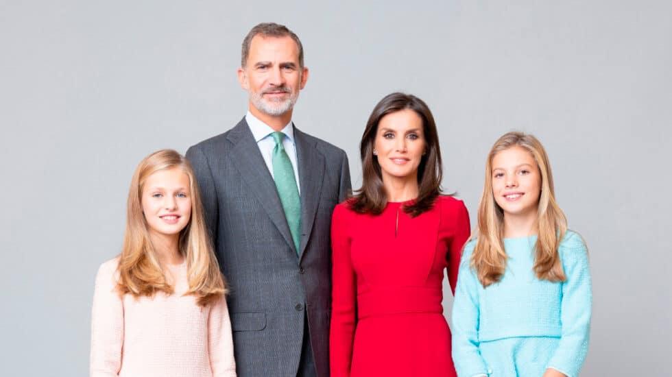 Retrato oficial familia real 2020