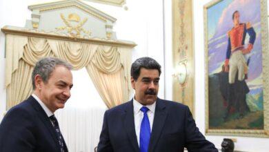 Zapatero se reúne con Maduro y Delcy Rodríguez en plena polémica del 'caso Ábalos'
