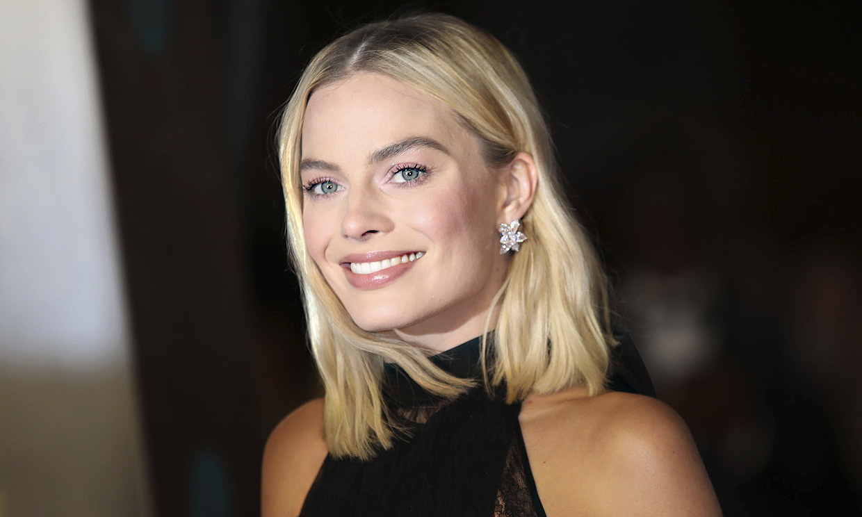 DEBATE sobre guapura de famosos y famosas Margot-robbie-gtres3-t