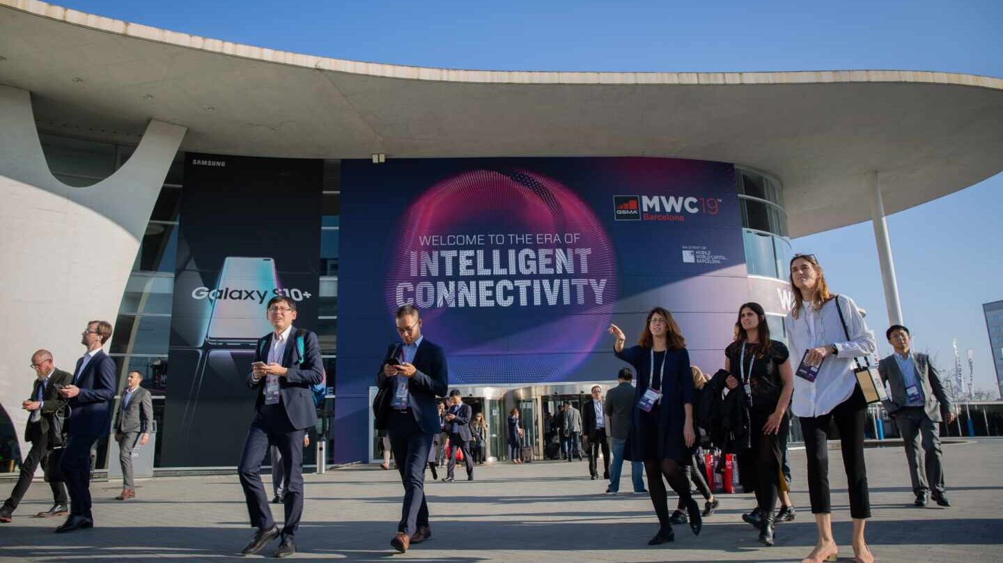 Fachada de la Fira de Barcelona en pleno Mobile World Congress.