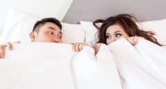Cerca del 60% de los españoles fantasean con acostarse con una persona diferente a su pareja