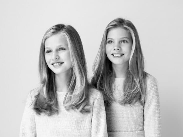 Princesa Leonor e infanta Sofía retrato 2020