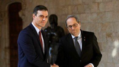 Sánchez ofrece a Torra iniciar la mesa de diálogo en febrero