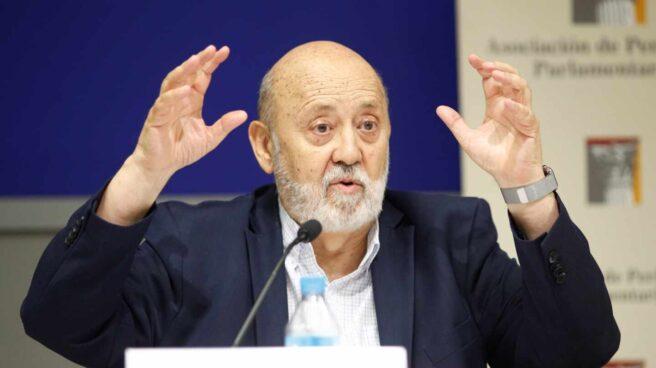 El presidente del CIS, José Félix Tezanos, en una comparecencia informativa.