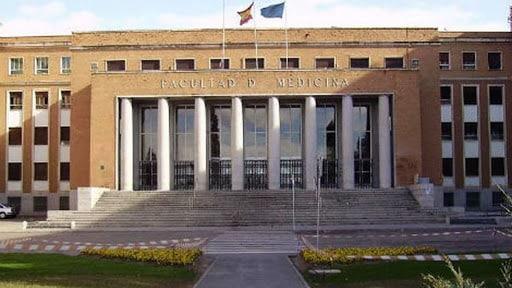 Piden 21 años de cárcel para el exdirector de Anatomía II por el hacinamiento de cadáveres en la Complutense