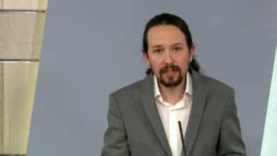 """Iglesias reconoce """"errores"""" y dice que tiende la mano a la oposición"""