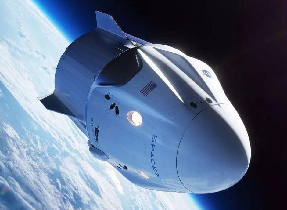 La NASA cultiva lechugas en el espacio exterior