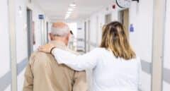 """La Fundación """"la Caixa"""" pone a disposición  230 profesionales para cubrir la atención  psicosocial de los afectados por el COVID-19"""