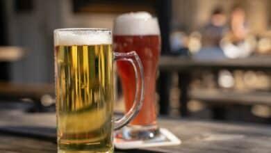 """Menos cerveza en casa que en los bares: el sector está """"terriblemente tocado"""""""