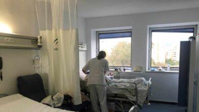 Una enfermera de 52 años, primera víctima mortal del personal sanitario en España
