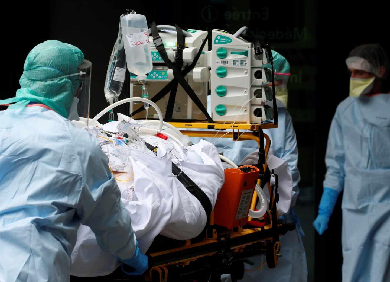 Más del 80 % de ingresados por coronavirus padecía neumonía
