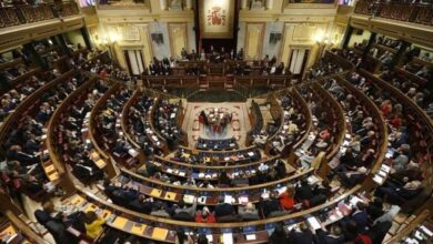 Madrid prepara medidas más drásticas si no logra contener el virus en los próximos días