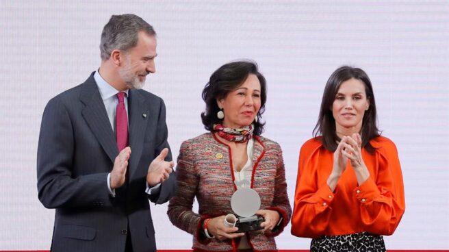 """Ana Botín: """"Los españoles debemos vencer al pesimismo y volver a  enamorarnos de un proyecto de convivencia"""""""