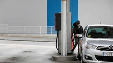 El consumo de gasolina se hunde a niveles de los años setenta con el estado de alarma