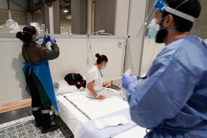 """Un enfermo elogia el funcionamiento del hospital de Ifema: """"Estamos muy bien atendidos"""""""