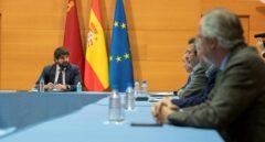 Sanidad desacredita a Murcia, que ha decretado el cierre total de la región